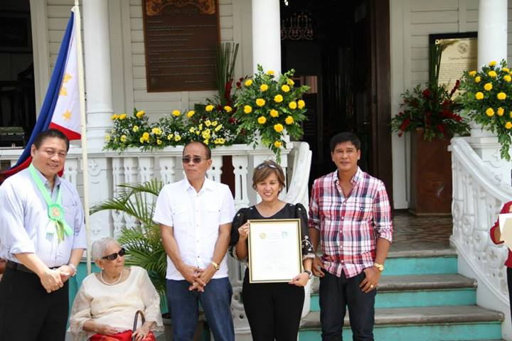 Center receives recognition during the Don Mariano Awards 2013